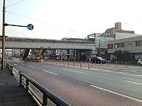 Shin-Suizenjiekimae Station, Shin-Suizenji Station and Hohi Main Line over Suizenji-Ekidori Street.JPG