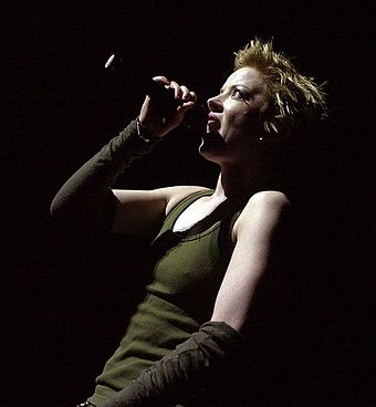 Shirley Manson performing live at Voodoo Festival 2002 Shirley Manson.jpg