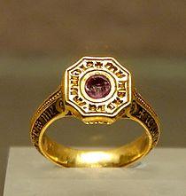 Signet-ring Black Prince Louvre OA9597.jpg