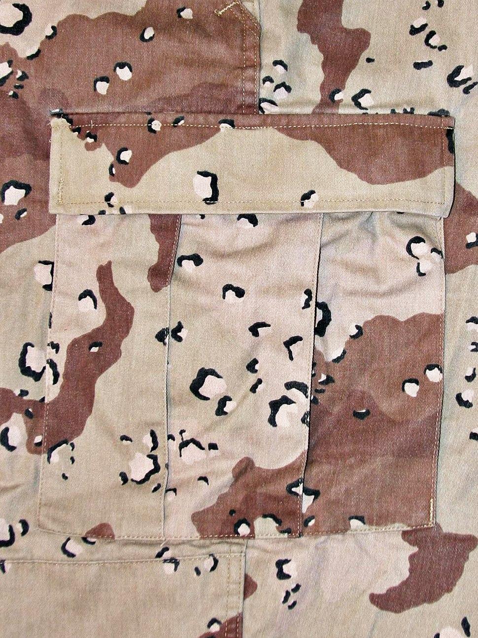 Six-Color Desert Pattern