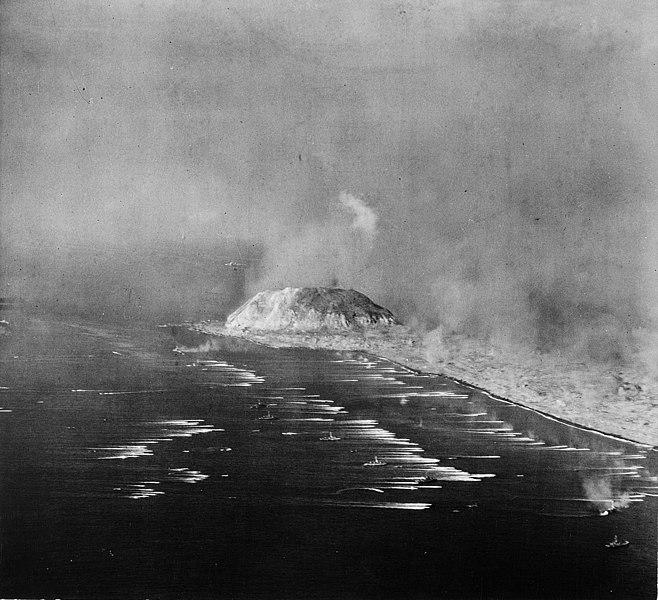 File:Sixth Fleet during invasion of Iwo Jima.jpg