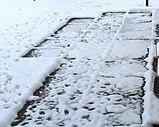 SnowMeltingOnPavingStones.jpg
