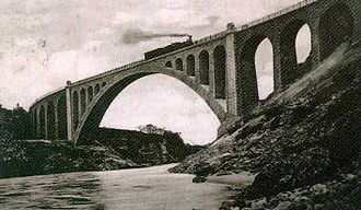 Solkan - The Solkan Bridge, destroyed during the Battles of the Isonzo in 1916 and rebuilt in 1927