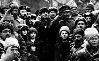 Lénine et Trotsky célébrant le second anniversaire de la Révolution d Octobre.