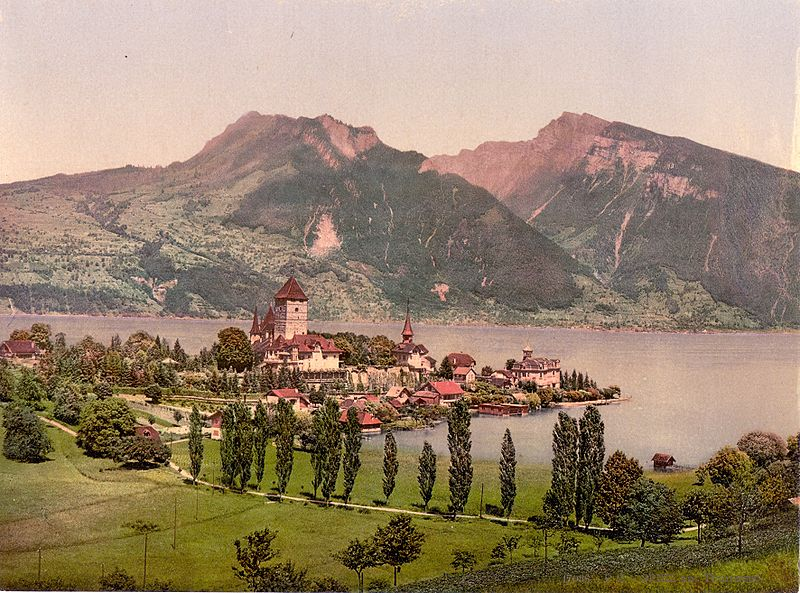 http://upload.wikimedia.org/wikipedia/commons/thumb/a/a6/Spiez_am_Thunersee_um_1900.jpg/800px-Spiez_am_Thunersee_um_1900.jpg
