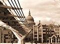 St pauls from under millenium bridge.jpg