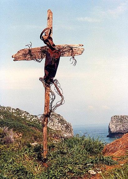 Stacheldraht-Christi by Lubo Kristek.jpg