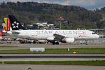 Star Alliance (Swiss International Air Lines) Airbus A320-214 HB-IJM (26443981003).jpg