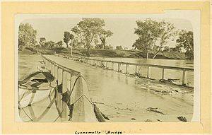 Badjiri - Image: State Lib Qld 1 235261 Floodwaters over the bridge at Cunnamulla, ca. 1915