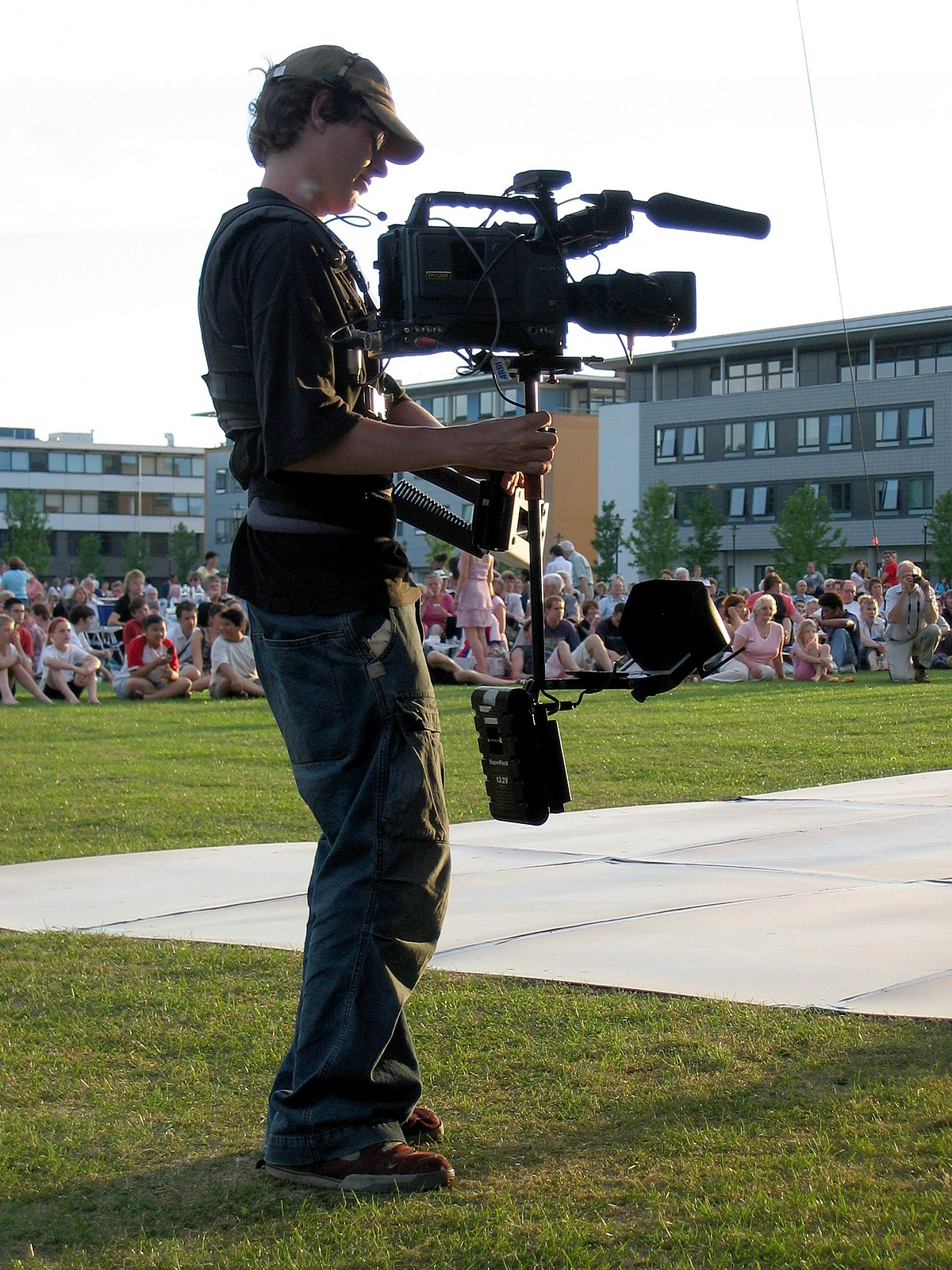 Steadicam and operator in front of crowd.jpg