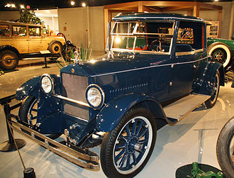 1924 Light Six with custom coachwork Studebaker-light-six.jpg