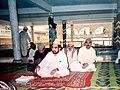 Syed Shah Abdul Haq Gillani, Lala jee Golra Sharif presiding over daily Majlis.jpg