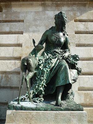 Matthias Fountain - Image: Szép Ilonka