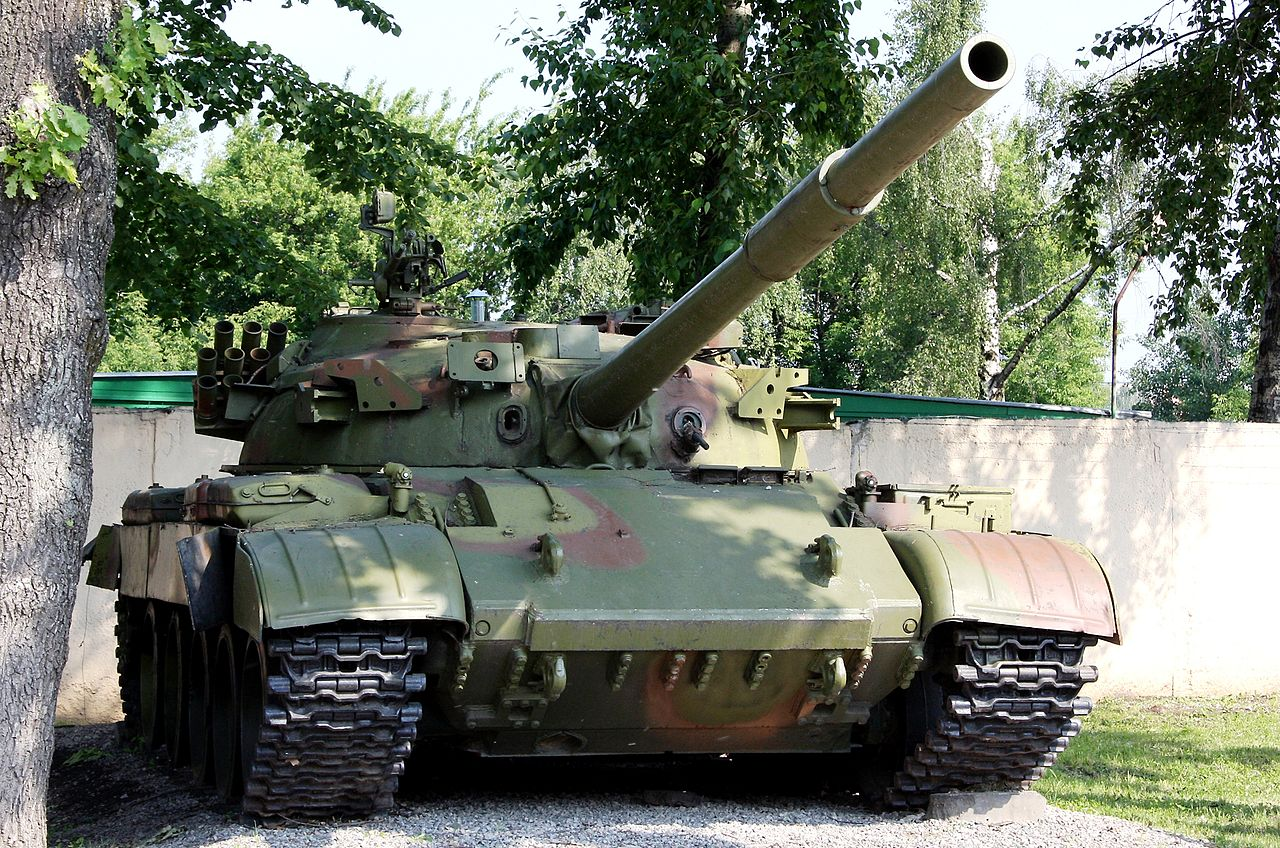File:t-62d, moscow suvorov military school (1)