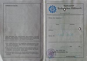 THW Dienstausweiss Vorderseite 1958.jpg