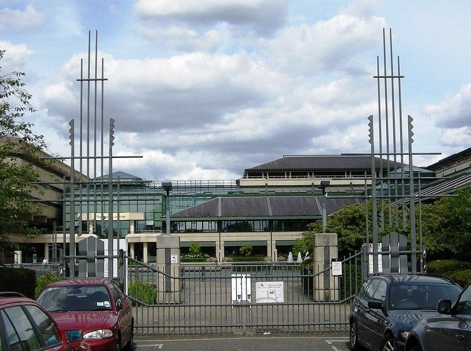TNA gates
