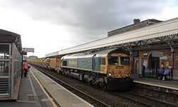 Taunton - Freightliner 66619 arriving with HOBC.JPG