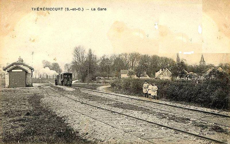 File:Théméricourt (95), la gare CGB.jpg