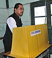 The Chief Minister of Mizoram, Shri Pu Lal Thanhawla casting his vote in the Mizoram Assembly Election, at a polling booth in Zarkawt Aizawl, Mizoram on November 25, 2013.jpg