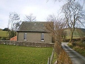 English: The tiny chapel at Ty Issa (2)