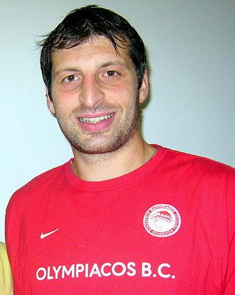 Olympiacos B.C. - Theo Papaloukas
