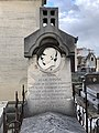Tombe Jean Hugon Cimetière Ancien Vincennes 2.jpg