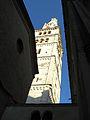 Torre Ghirlandina di Modena dal basso 5.jpg