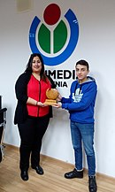 Transfer of the WikiCup to the new winner who helped increase the rank of Armenian Wikipedia.jpg