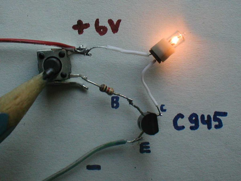 File:Transistor switch circuit photo on.jpg - Wikimedia Commons