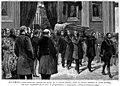 Traslación del cadáver de Claudio Moyano desde la capilla ardiente al coche fúnebre por ocho académicos de la Real de Jurisprudencia y Legislación.jpg