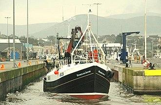 Kilkeel - Image: Trawler departing Kilkeel (1of 6) geograph.org.uk 1141805