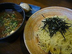 Tsukemen - Image: Tsukemen, noodles topped with sliced nori
