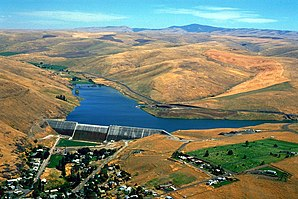 USACE Willow Creek Dam Oregon.jpg