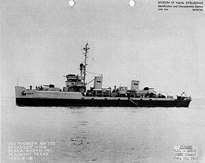 USS Pioneer (AM-105) - Image: USS Pioneer (AM 105)