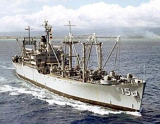 USS Vesuvius (AE-15) - USS Vesuvius (AE-15) underway off Hawaii in 1963