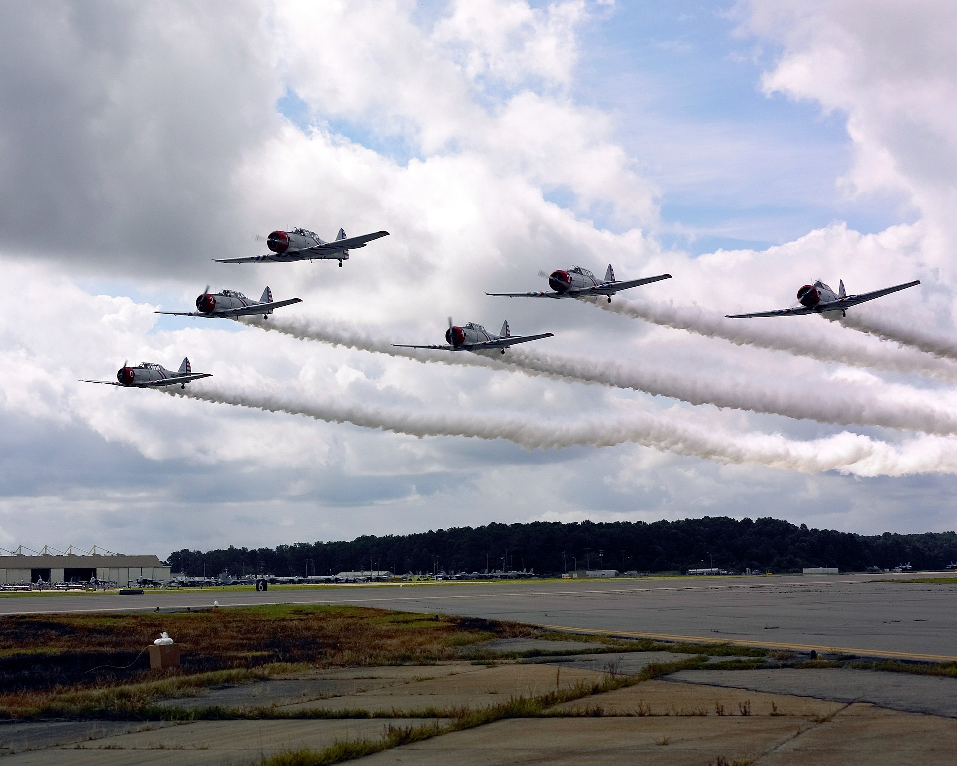 Skytypers Air Show Team - Wikipedia