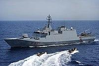 US Navy 100528-N-3136P-207 An Italian Navy visit, board, search and seizure team returns to the Italian Navy offshore patrol vessel ITS Comandante Foscari (P-493).jpg