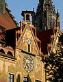 Ulm - Rathaus mit Münsterturm.JPG