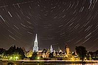 Ulmer Münster with star trails.jpg