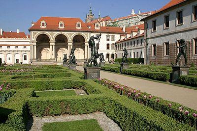 Palácio de Wallenstein, sede do senado da República Tcheca onde foi oficializada a Declaração de Praga sobre Consciência Europeia e Comunismo.
