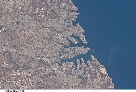 The main urban area of Malta. Valletta is the central peninsula. Valletta, Malta.JPG