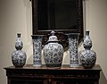 Vase with cover (part of a garniture) MET SF2006 309 1-5 img1.jpg