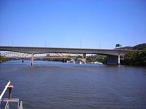 Veterans Bridge (Pittsburgh) - Image: Veterans Bridge (Pittsburgh)