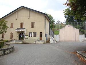Viodos-Abense-de-Bas - Town hall and pelote court