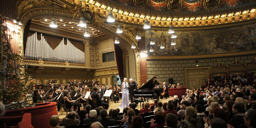 Violetta in concert. Bucharest Phylharmony