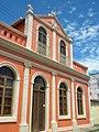 Vista da fachada de lindo casarão em Antonina.jpg