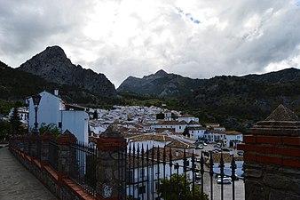 Vista de Grazalema (Cádiz).jpg