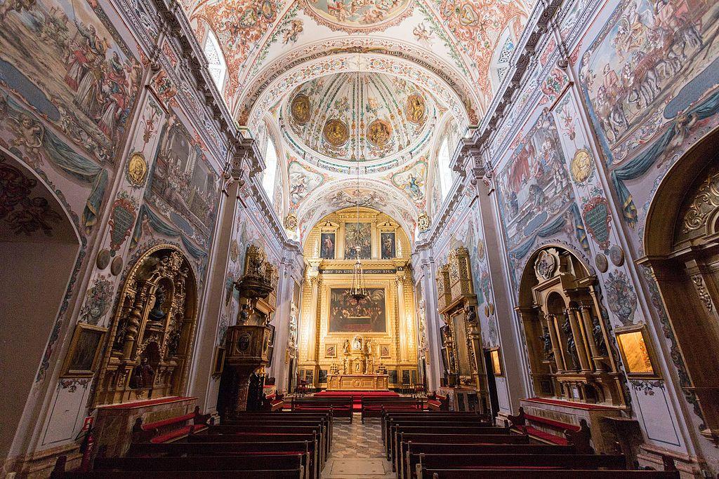 Intérieur de l'église des Hospices des Vénérables à Séville - Photo de Bobo Boom
