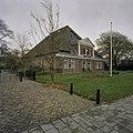 Voorgevel boerderij met dakerker met fronton - Limmen - 20396812 - RCE.jpg