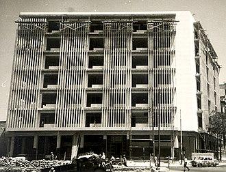 Wahbi al-Hariri - The 1964 Lawyers Association Credit Union, in Aleppo, was al-Hariri's last major project in Syria.